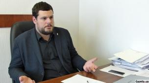 Андрій ІЛЛЄНКО: Україна з доброї волі віддала третій у світі ядерний потенціал. Сьогодні з нами одні повелися підло, а інші не виконують своїх зобов'язань