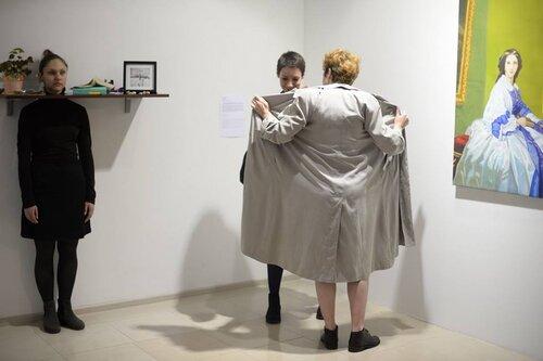 «Листівка на пам'ять». У межах виставки «Що в мені є від жінки», Київ, 2015